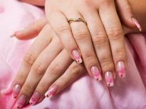 Foto 1 gelové nechty